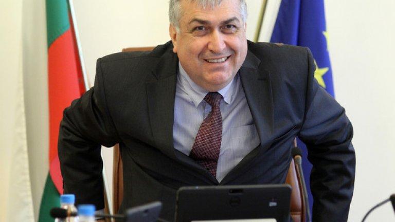 """След обществените реакции служебният премиер Георги Близнашки обяви, че """"Визия 2020"""" ще бъде редактирана"""