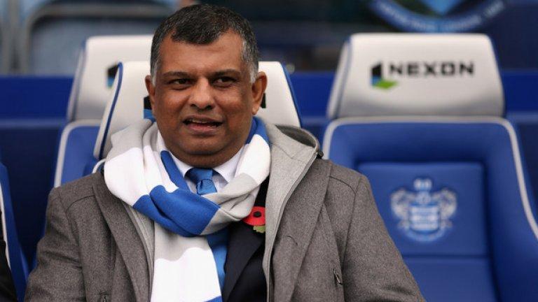 """Състоянието на Фернандес се изчислява на около 650 милиона долара. Той има зад гърба си доста различни бизнес начинания – бил е шеф в малайзийския клон на Warner Music, доскоро притежаваше отбора от Формула 1 """"Катерам"""", а в момента е собственик на футболния отбор от английската Висша лига Queens Park Rangers"""