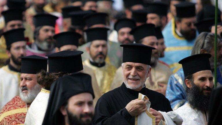 Какво всъщност прави православната ни църква...