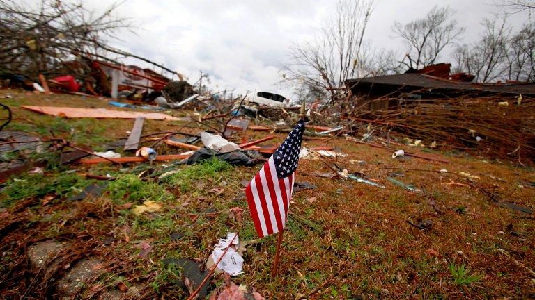 Бурите са преминали също така през Луизиана, Алабама и Джорджия