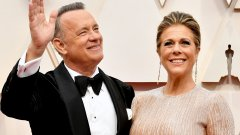 Съпругата му Рита Уилсън е имала по-сериозни симптоми, но вече и двамата са добре.