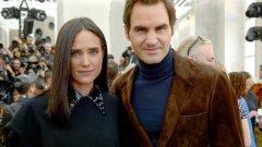 Роджър Федерер с актрисата Дженифър Конъли на модната седмица в Париж