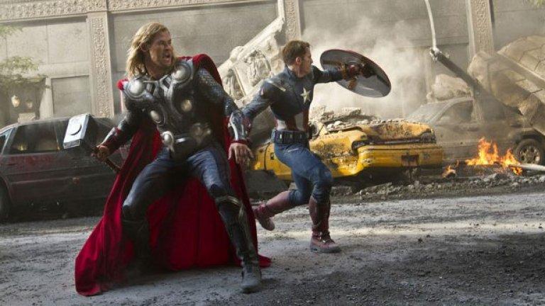 Ще излизат и все повече заглавия, събиращи няколко супергерои наведнъж