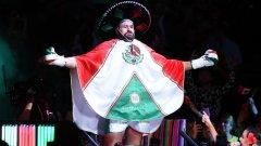 При излизането си Фюри се появи с мексиканско сомбреро и в цветовете на мексиканския флаг