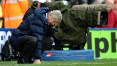Венгер е недоволен от Арсенал, феновете - от Венгер и Арсенал