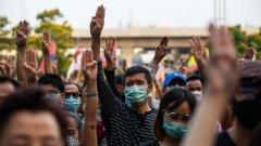 След военен преврат и марионетно правителство и разбита от коронавируса икономика студентите в Тайланд отказват вече да търпят