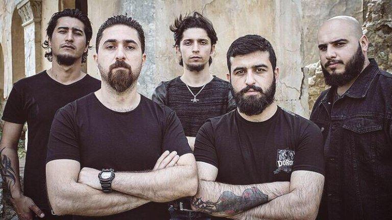 Да правиш метъл с риск за живота си: Бунтарските банди от Близкия Изток и тяхната изстрадана музика