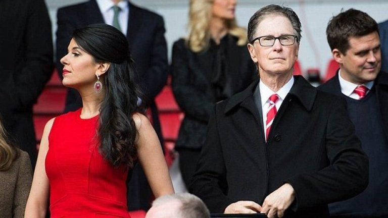 Основният акционер в Ливърпул Джон Хенри не беше на стадиона вчера