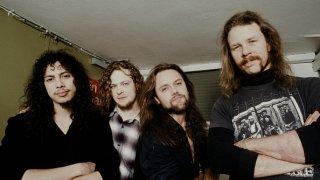 Музикални хроники: Как един нагъл обир накара Metallica да създаде първата си балада - емблематичната Fade to Black