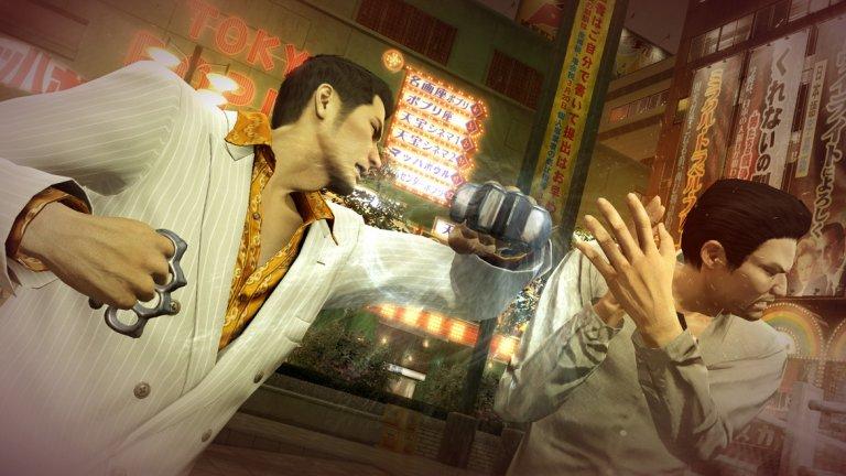 Yakuza 0  Супер мъжкарска, супер японска и перфектното олицетворение на гейминг с марка Sega, поредицата Yakuza е плод на дългогодишното сътрудничество между издателя и Sony. Но успоредно с утвърждаването й на Запад като PlayStation хит, тя най-сетне прави позакъснелия си дебют за РС, започвайки с прикуъл заглавието Yakuza 0. Освен че е може би най-добрият начин да навлезете в серията, Yakuza 0 е и чисто забавление, което ви пренася в дигитална версия на японските мегаполиси от 80-те години. Независимо дали раздавате ценни юмручни уроци на гангстери, пеете на караоке или просто се разхождате из прецизно моделираните локации, няма друга видеоигра, която така да пресъздава модерната японска култура и ежедневие. Ако Yakuza 0 ви допадне, оглеждайте се за предстоящия римейк на първата част от основната поредица, защото е въпрос само на време и РС геймърите да се запалят по гангстерското приключение.