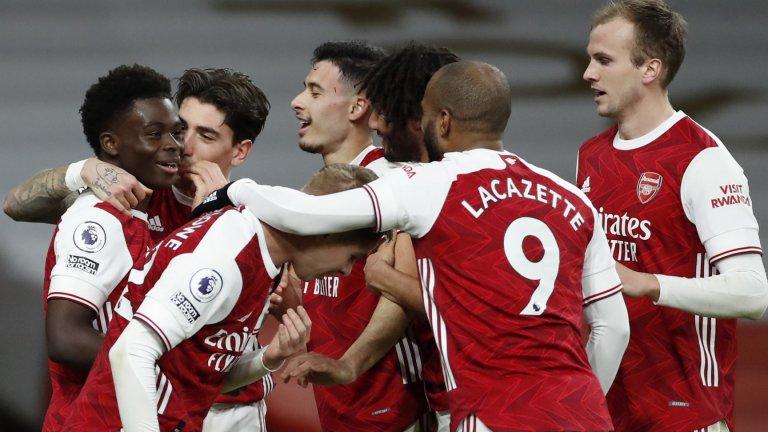 """Арсенал е жив! Ефектна победа над Челси върна надеждите на """"Емирейтс"""""""