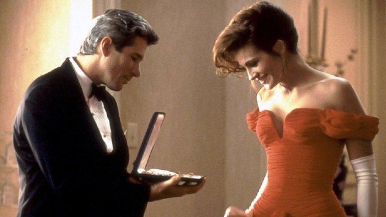 """4.  Хубава жена (1990) - Главната героиня (Джулия Робъртс) е проститутка, която е наета да се преструва на приятелката на богат мъж (Ричърд Гиър). Във филма имате и опит за изнасилване, а цялата концепция за """"съвременна приказка"""" влиза в разрез с разбирането, че жените могат да се справят сами и не се нуждаят от """"богат принц"""", който да им оправи живота. Подобен филм днес трудно би се разминал без сблъсък с малко войнствен феминизъм."""