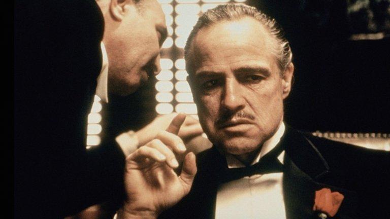 """Марлон Брандо в най-известния и популярен филм за мафията - """"Кръстникът"""""""
