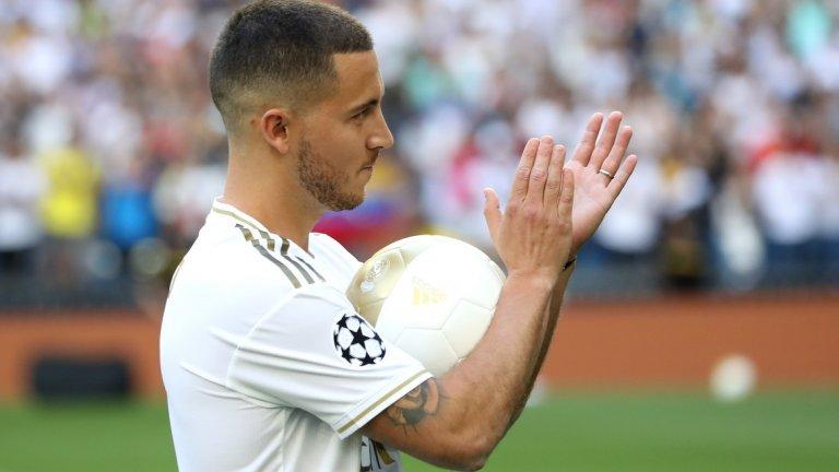 """2. Еден Азар – от Челси в Реал Мадрид, 100 млн. евро След години спекулации, Азар, най-накрая, се озова в Реал. Белгиецът прекара седем години в Челси, с който спечели два пъти титлата във Висшата лига и на два пъти триумфира в Лига Европа. Изигра общо 352 мача за """"сините"""", отбелязвайки 110 гола и добавяйки още 92 асистенции."""