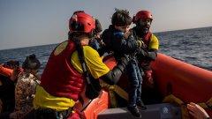 Германия и други страни от ЕС ще приемат спасените на своя територия