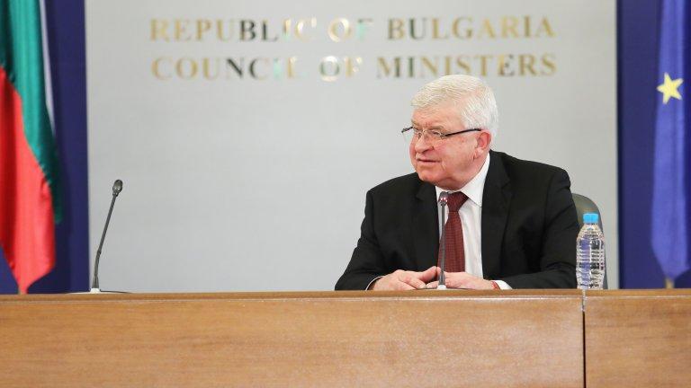Засега България разполага с 20 хил. теста по PCR технологията, очакват се още доставки и дарения