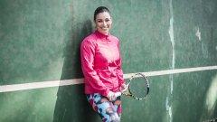 Във вените й тече кръвта на легендарния тенисист Любен Генов.
