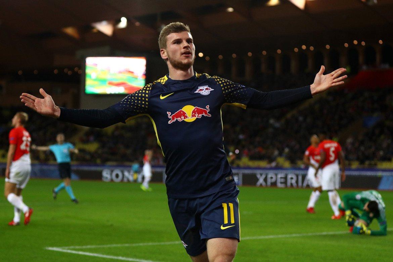 4. Тимо Вернер, РБ Лайпциг Вернер продължава с отличното си представяне и през този сезон, в който има 11 гола в 17 мача в Бундеслигата.