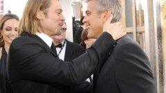 """Брад Пит и Джордж Клуни  Двамата се сближават по време на снимките на """"Бандата на Оушън"""". Тогава двамата непрекъснато си правят номера. Веднъж дори Клуни събира тълпа верни фенове пред хотела на Брад Пит, като ги кара цяла нощ да скандират """"Джордж""""."""