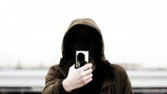 От номер от чужбина са били разпращани съмнителни SMS-и