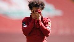Сагата с короната на Салах: Заразен ли е наистина нападателят на Ливърпул
