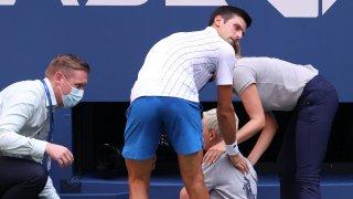 Флиртът със сантиметрите носеше и ще продължава да носи забележителен успех на Джокович в играта. Свикна с това, но стана и надменен. Започна да си мисли, че е безпогрешен.