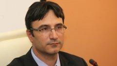 """Министърът на икономиката, енергетиката и туризма Трайчо Трайков уволни шефа на НЕК, подписал за АЕЦ """"Белене""""..."""