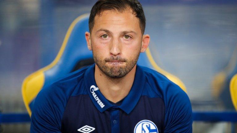 Доменико Тедеско (Шалке)  Един от най-вълнуващите треньорски таланти в Бундеслигата, 33-годишният Тедеско ходи по тънък лед. Шалке завърши втори миналия сезон, но сега е едва на 14-о място, на точка над зоната на изпадащите. Ръководителите на клуба осъзнават, че Тедеско има качествата да преобърне сезона, но в случая младостта и липсата на опит могат да окажат негативно влияние. 7 загуби от 11 мача са твърде много и нищо чудно мачовете до празниците да вземат главата на треньора.