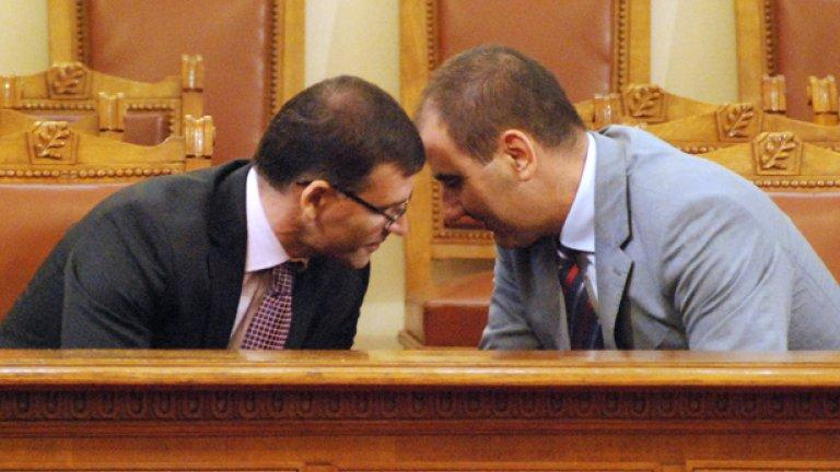 Оказва се, че двамата вицепремиери са постигнали съгласие за парите за МВР. Какво обаче?