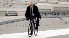 """Външният министър вече е """"разпознаваема мишена"""" за теористи и не може да се движи из Лондон на колело"""