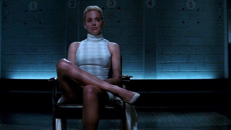 """""""Първичен инстинкт"""" (1992)  Режиьор: Пол Верховен Участват: Майкъл Дъглас, Шерън Стоун Навярно най-известния еротичен трилър правен някога, """"Първичен инстинкт"""" показва Дъглас като ченге, което разследва красива заподозряна в убийство (Стоун). Той се сближава твъде много с нея и започват връзка, която ще му струва живота"""