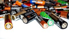 Има ли екологично решение за всички тези стари батерии? Оказва се, че да!