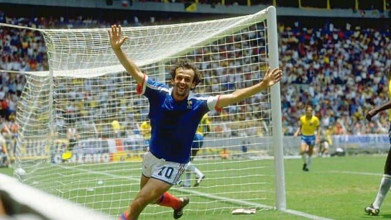 Мишел Платини се радва на гола си срещу Бразилия в 1/4-финала на Мондиал '86