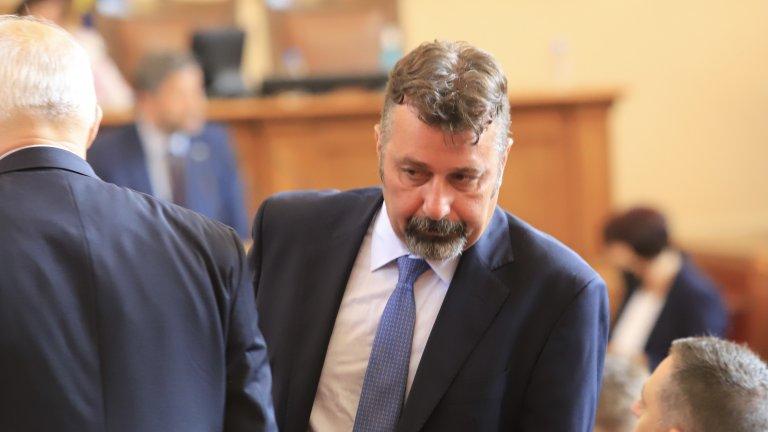 Филип Станев призова от парламентарната трибуна депутатите да подкрепят кабинета на ИТН