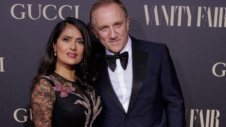 Омъжена е за милиардер  Хайек обяви, че е сгодена за френския милиардер и изпълнителен директор на Kerring Франсоа-Анри Пино през март 2007 г. През септември същата година се роди и дъщеря им Валентина Палома, а двойката сключи брак на Св. Валентин през 2009 г.