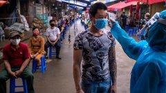 В политиката на азиатската държава има редица успешни фактори, един от които е съмнението в Китай