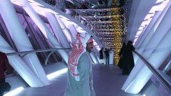 Младите саудитци приветстват промените на Мохамед бин Салман, а за мрачните неща се мълчи