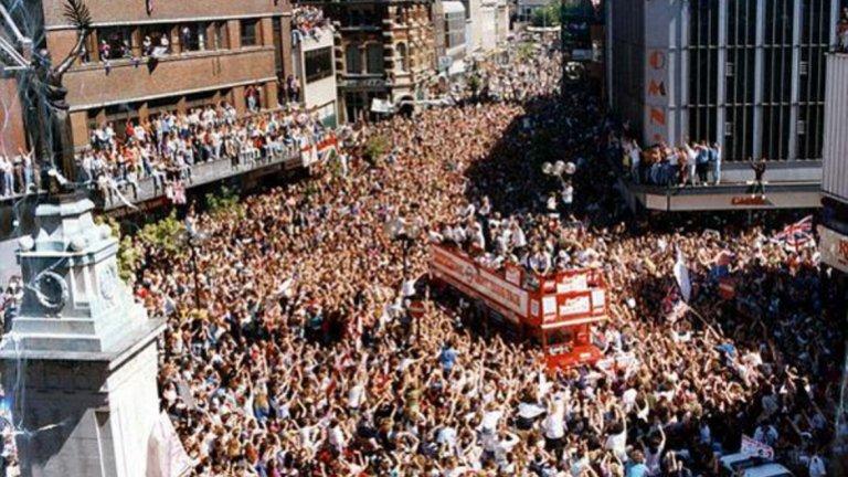 Така посрещнаха националите на Англия след Мондиал 1990.