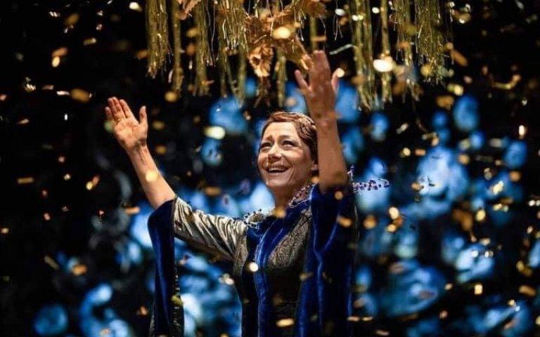 """Сцена от пиесата """"Слава"""", с която Мурджев спечели награда """"Икар"""" за режисура тази година."""