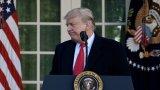Доналд Тръмп е третият американски държавен глава, застрашен от отстраняване от длъжност. Досега процедурата е провеждана срещу Андрю Джонсън и Бил Клинтън. И двамата обаче останаха на поста