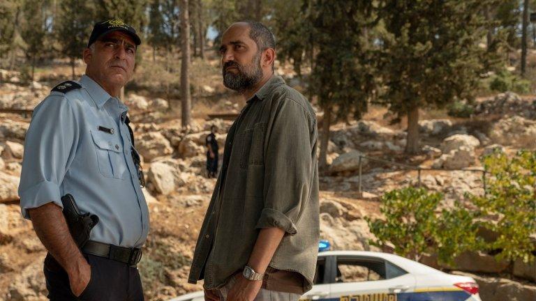 """Our Boys (""""Наши момчета"""") Епизодите в сериала на HBO проследват разследването на убийствата на три израелски момчета и едно палестинско. Събитията се развиват през лятото на 2014 г., а в центъра са семействата на убитите момчета, които искат да научат истината за смъртта им и да отмъстят. Разследването обаче прераства на международно ниво и разкрива инстинктите на палестинците и евреите, за които се смята, че са довели до един от най-големите съвременни военни конфликти."""