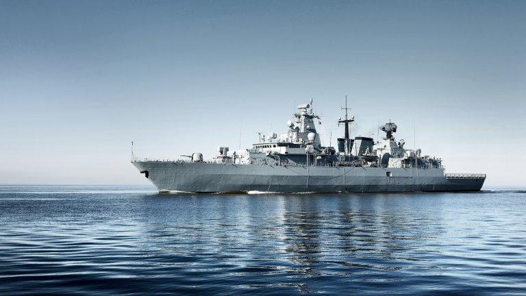 Те са симулирали атака и са пречили на комуникациите на морския съд