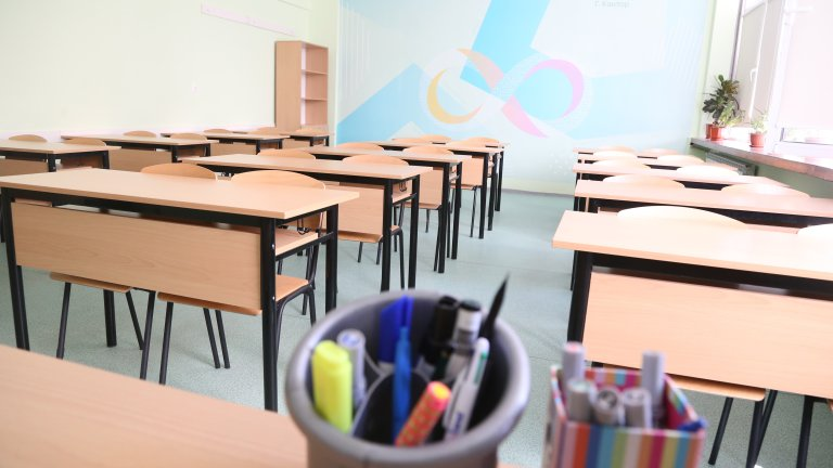 Випуски от само един клас могат да се върнат обратно в класните стаи