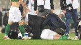 20-годишен играч получи сърдечен арест на мач от Лигата на конференциите