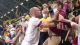 Лудост в Германия: Футболист налетя да бие фен на трибуните (видео)