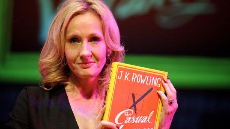 """Джоан Роулинг Авторката на Хари Потър дарява на """"По-добре заедно"""", официалната кампания за запазването на Шотландия в Обединеното кралство, един милион паунда. На сайта си тя пише """"Моето колебание да подкрепя независимостта им, не означава, че нямам вяра в невероятните личности и постижения на Шотландия""""."""