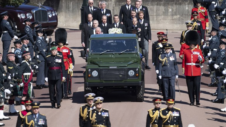Великобритания изпрати принц Филип