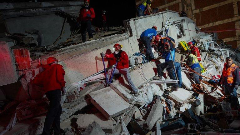 Трусът е бил с магнитуд от 6,6 по Рихтер според турските власти. Американската геоложка служба го определя като 7 по Рихтер.