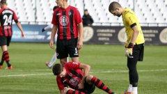 Локомотив е четвъртфиналист за купата след 2:0 на терена на Славия.