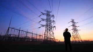 Работодателите искат спешни действия за промяна на цените на тока